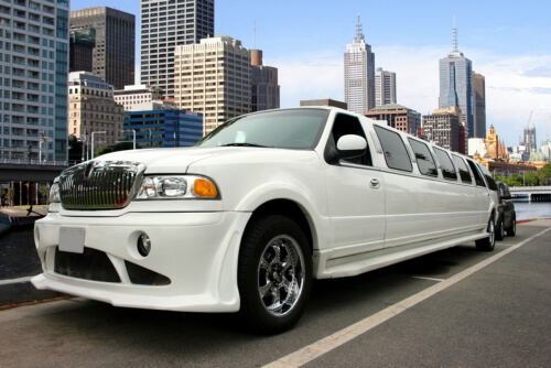 choosing-a-reliable-limo-service-provider